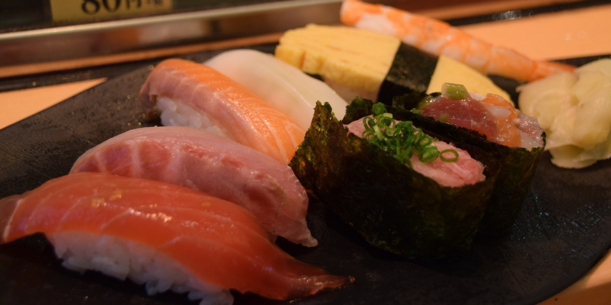 Fresh oyster Tsukiji market