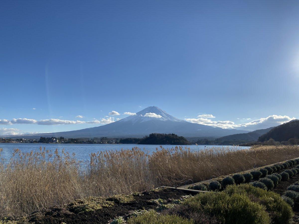 Mount-Fuji-Lake-Kawaguchi