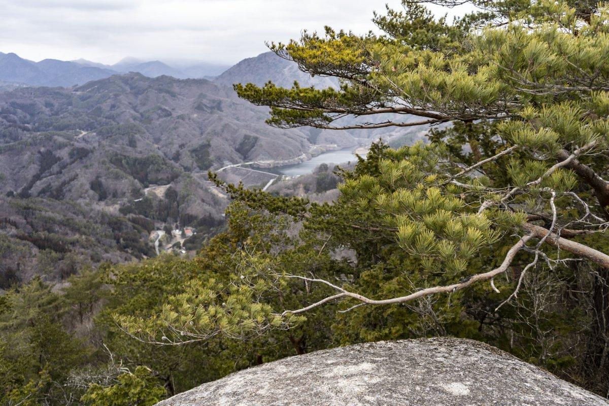 Mountain scenery Shosenkyo