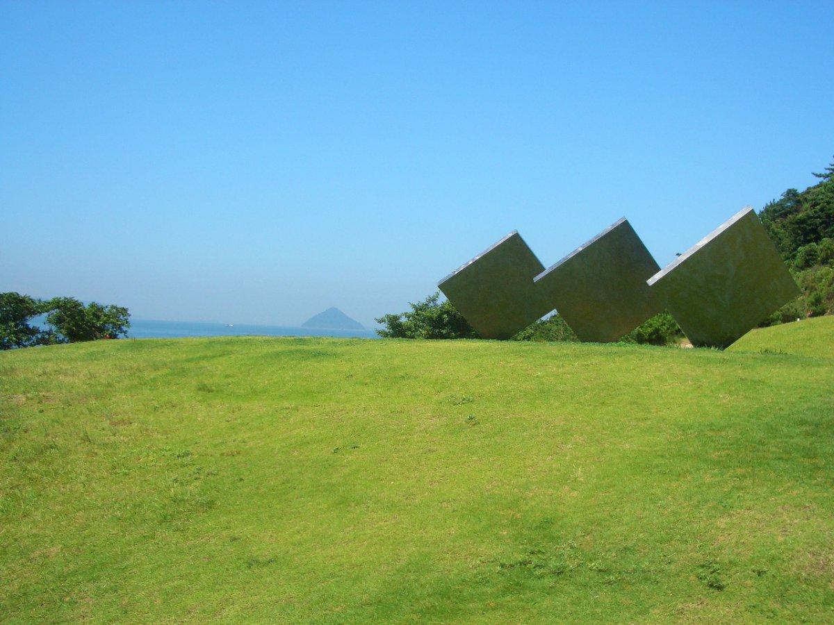Naoshima art