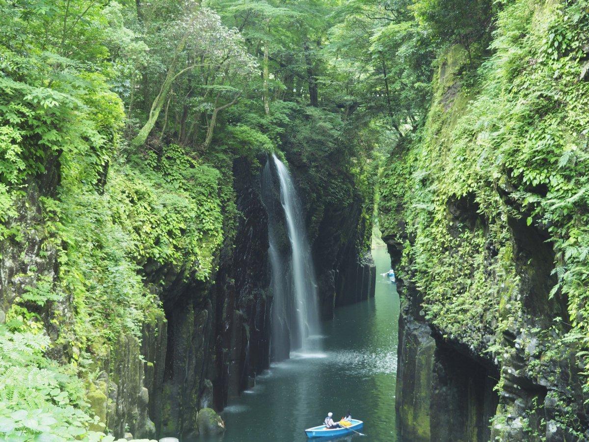 Takachiho-gorge-2