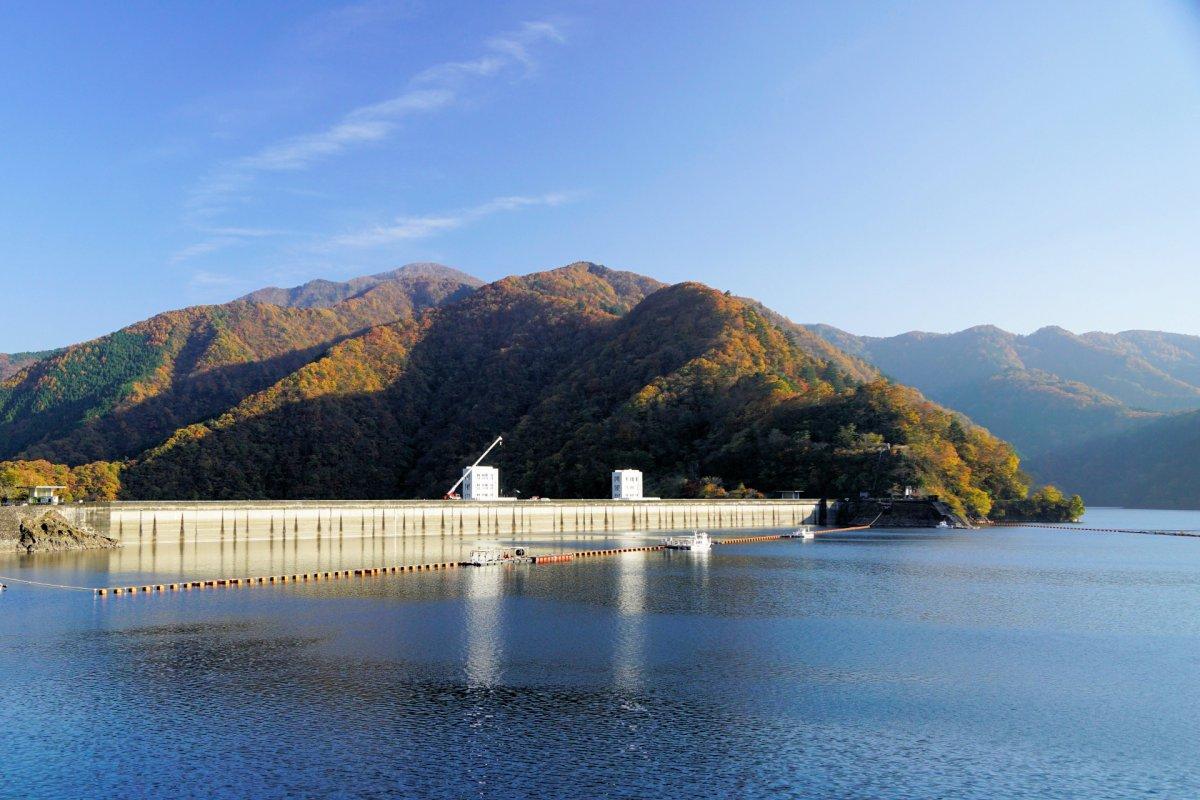 Okutama lake ogouchi dam
