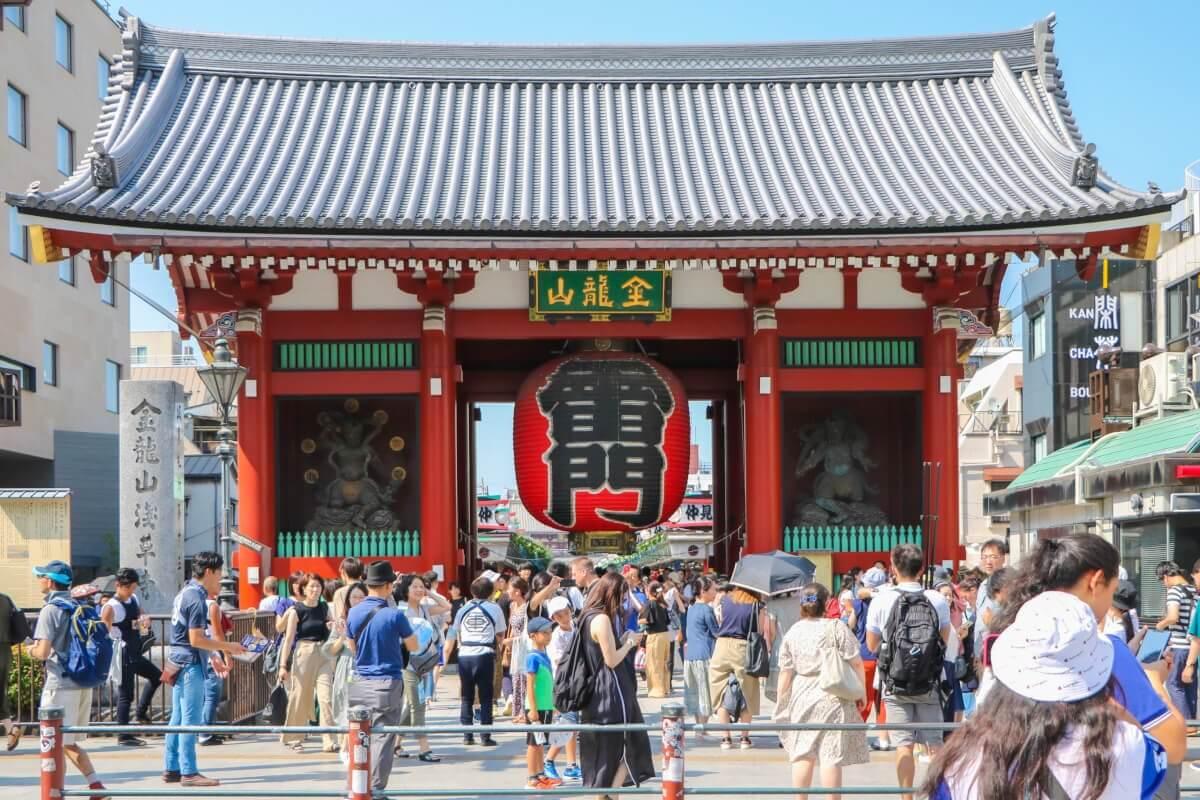 Asakusa Kaminarimon Gate