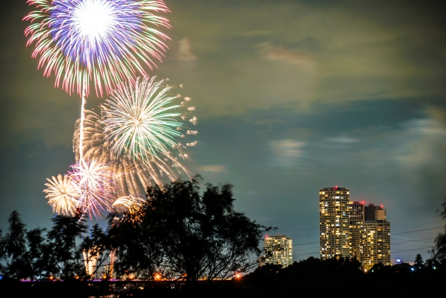 Tama river fireworks