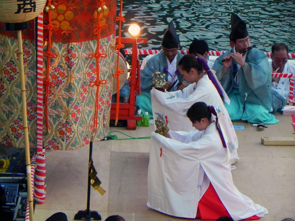 Tenjin Matsuri
